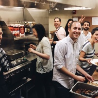You've never met such a capable crew of Passover sederanteurs